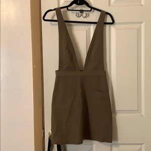 NWT Olive Dress Forever 21